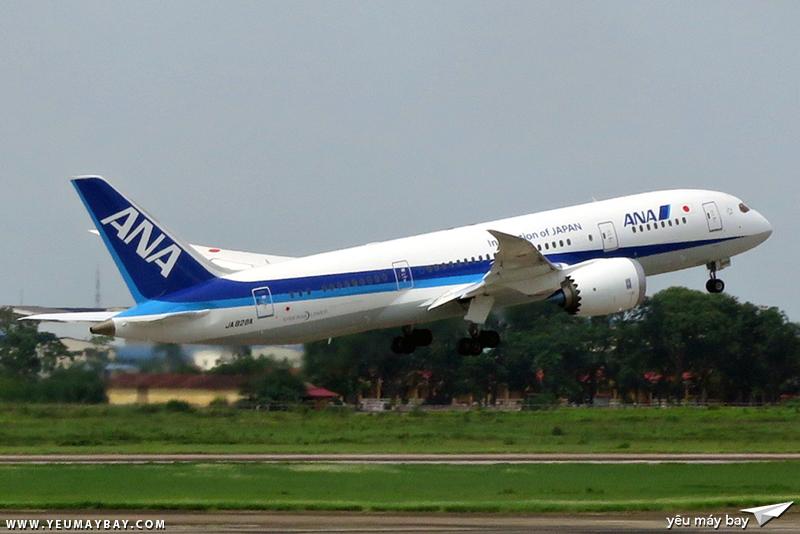 Cất cánh cho chuyến bay trở về Nhật Bản. Ảnh: Dũng Nguyễn