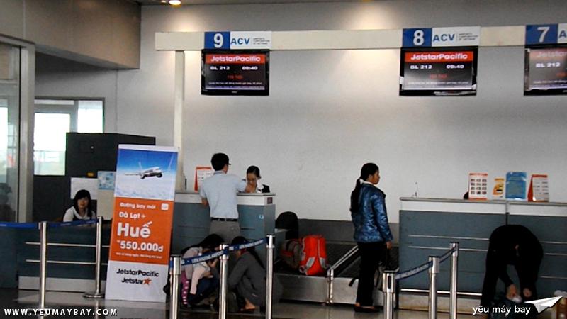 Quầy thủ tục sảnh D3 và D4 dành cho Vietnam Airlines và Jetstar Pacific - Ảnh: Tuấn Đỗ