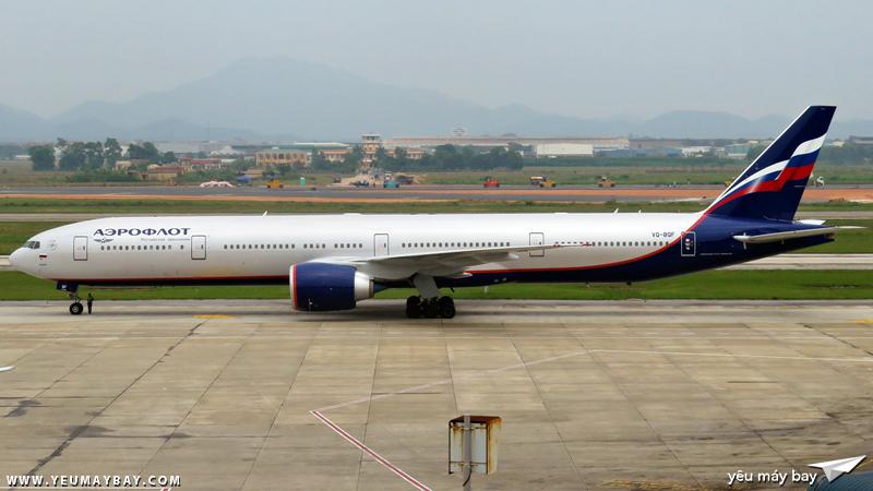 Boeing 777-300(ER) của Aeroflot tại sân bay Nội Bài - Ảnh: Dũng Nguyễn