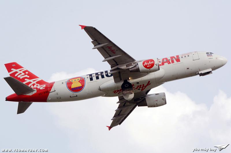 """Màu sơn """"Trully ASEAN"""" của Thai AirAsia - Ảnh: Long Ethan."""
