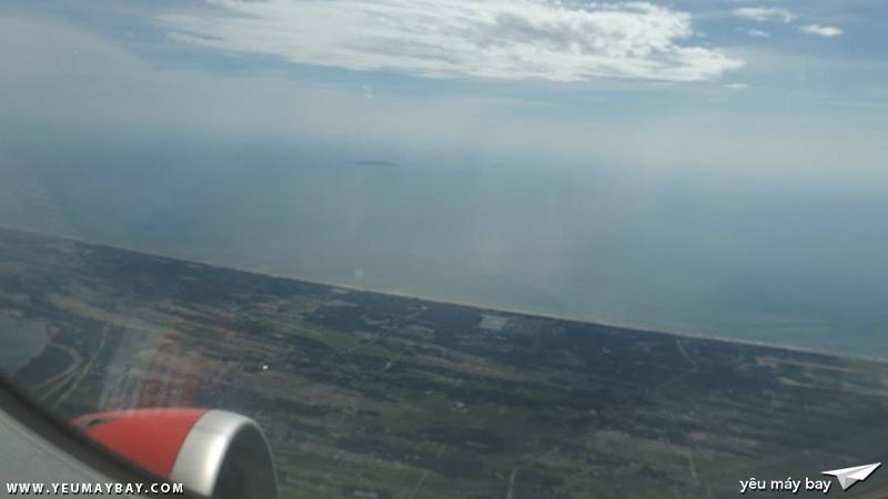 Bãi biển Cửa Lò nhìn từ tàu bay - Ảnh: Tuấn Đỗ