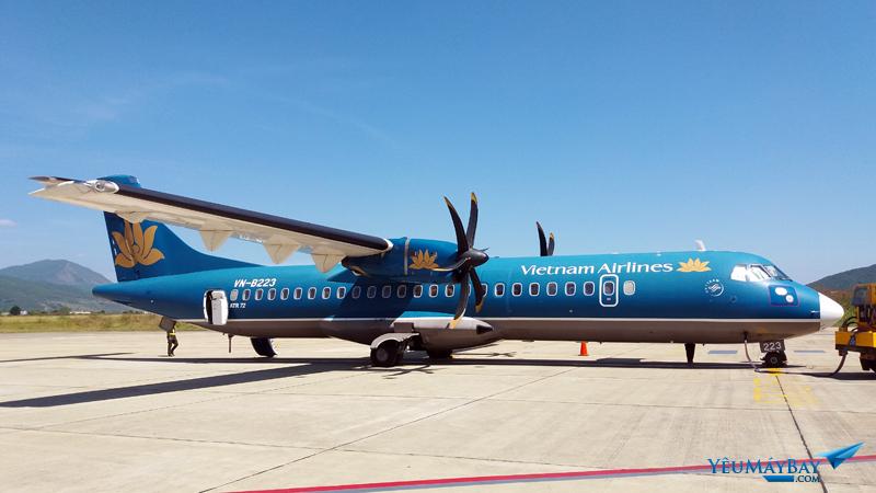 Một chiếc ATR-72 của Vietnam Airlines chuẩn bị cho chuyến bay về Đà Nẵng - Ảnh: Tuấn Đỗ