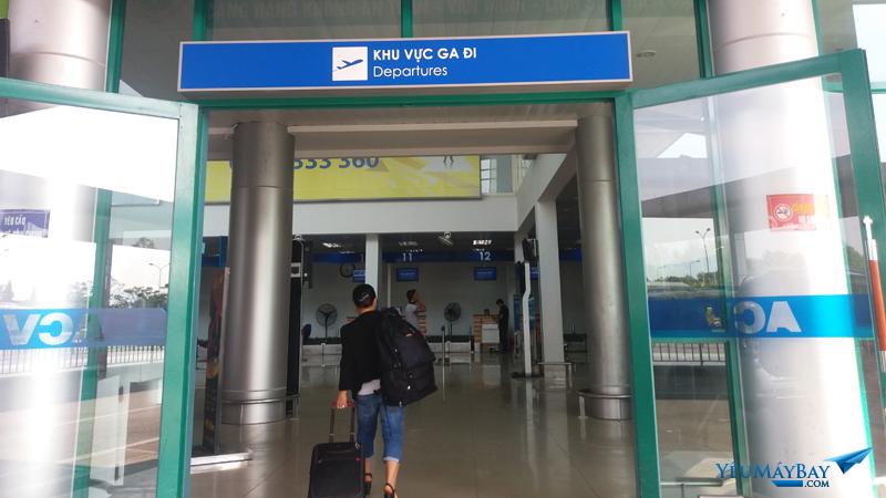 Ga đi sân bay Phú Bài - Ảnh: Tuấn Đỗ