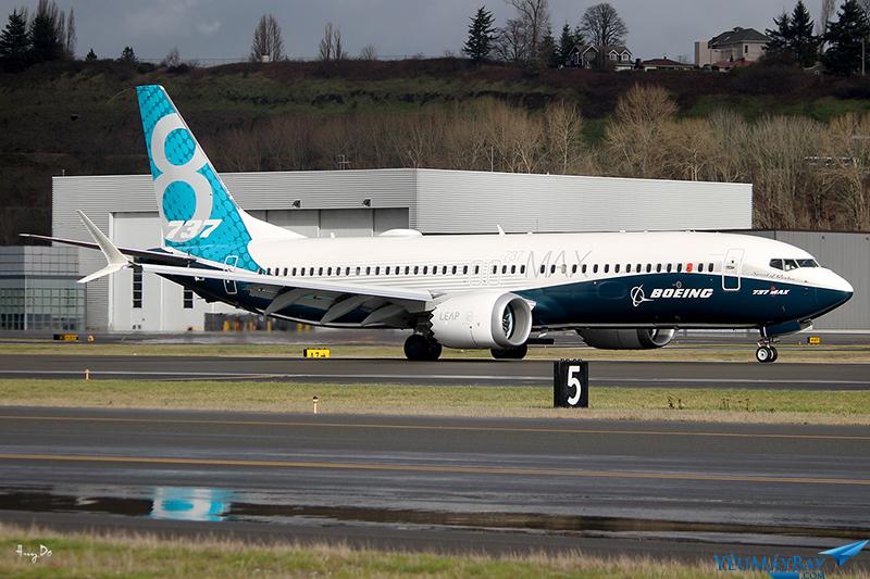 Boeing 737 MAX8 đáp ở King County International Airport/Boeing Field sau chuyến bay đầu tiên kéo dài khoảng 2 tiếng 45 phút - Ảnh: Đỗ Trần Huy
