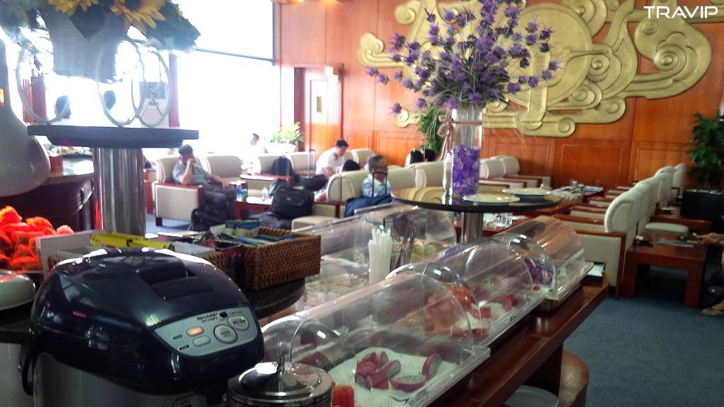 Phòng chờ ga nội địa, sân bay Nội Bài. Ảnh: TRAVIP