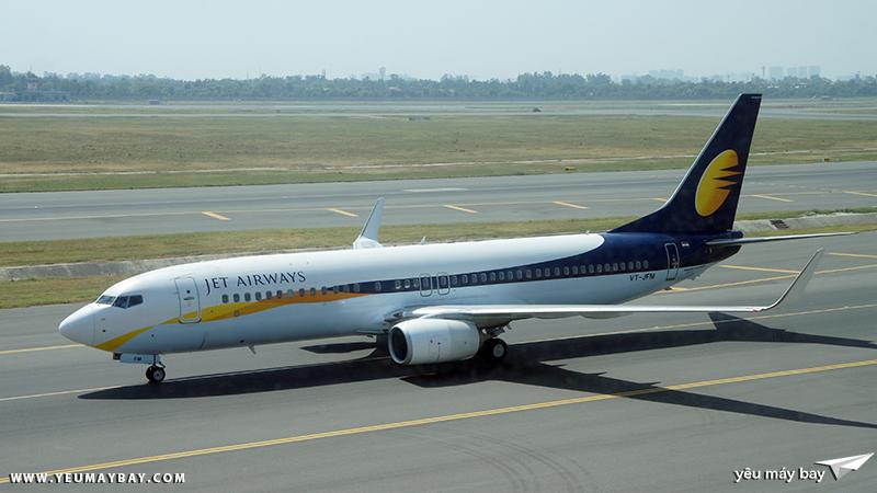 Máy bay Boeing 737 của Jet Airways tại sân bay New Delhi. Ảnh: TRAVIP