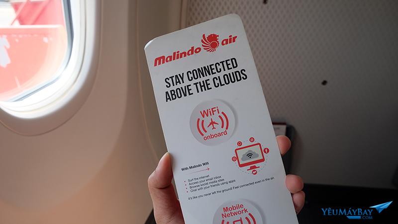 Trên máy bay có wifi nhưng không dùng được trên các chuyến nội địa. Ảnh: Travip
