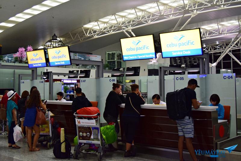 Quầy thủ tục của Cebu Pacific được bố trí tại đảo C. Có riêng 2 quầy dành cho hành khách đã thực hiện web check-in