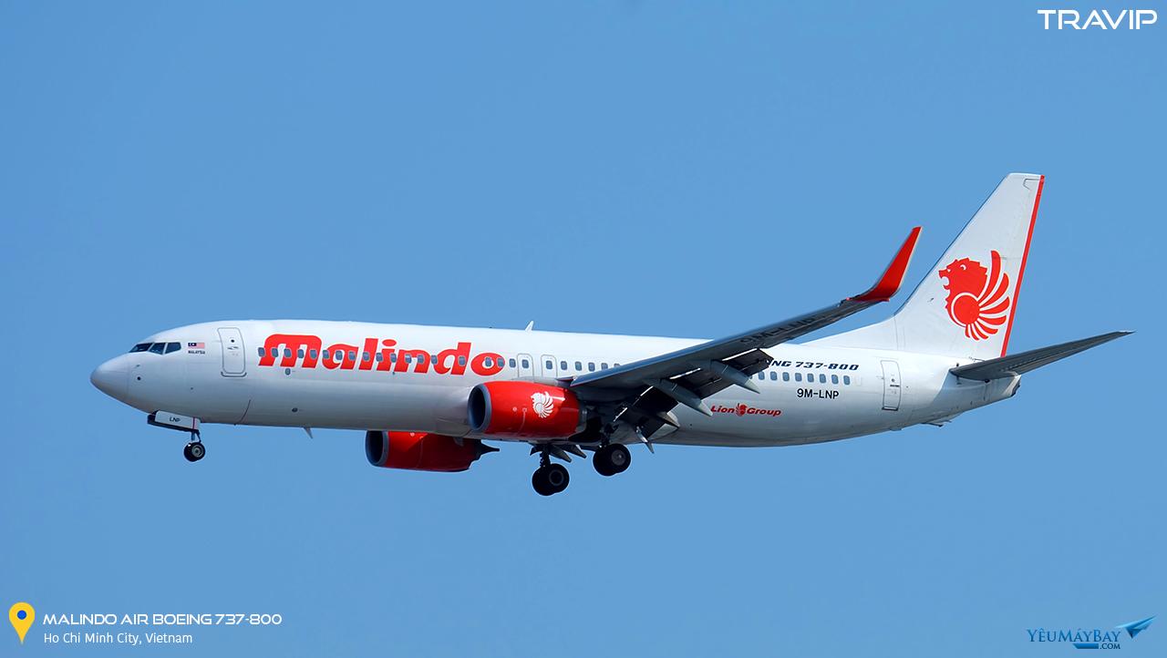 Boeing 737-800 của Malindo Air hạ cánh tại Tân Sơn Nhất. Ảnh: Travip