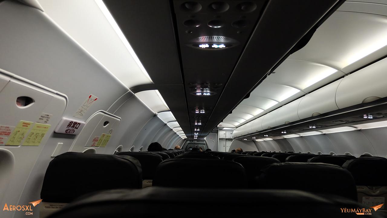 Bên trong khoang máy bay. Ảnh: Travip