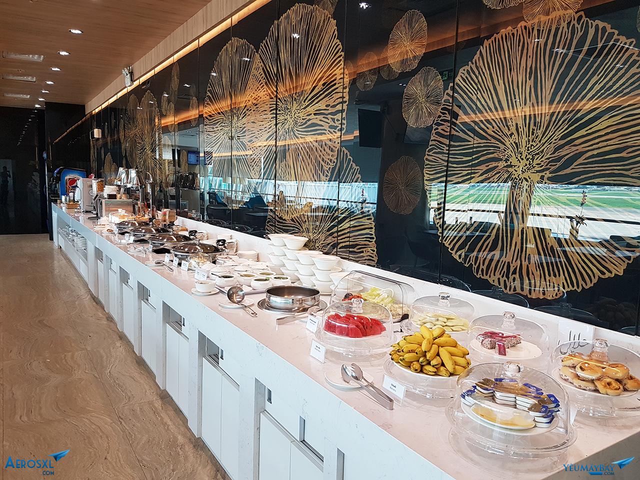 Khu vực ẩm thực buffet