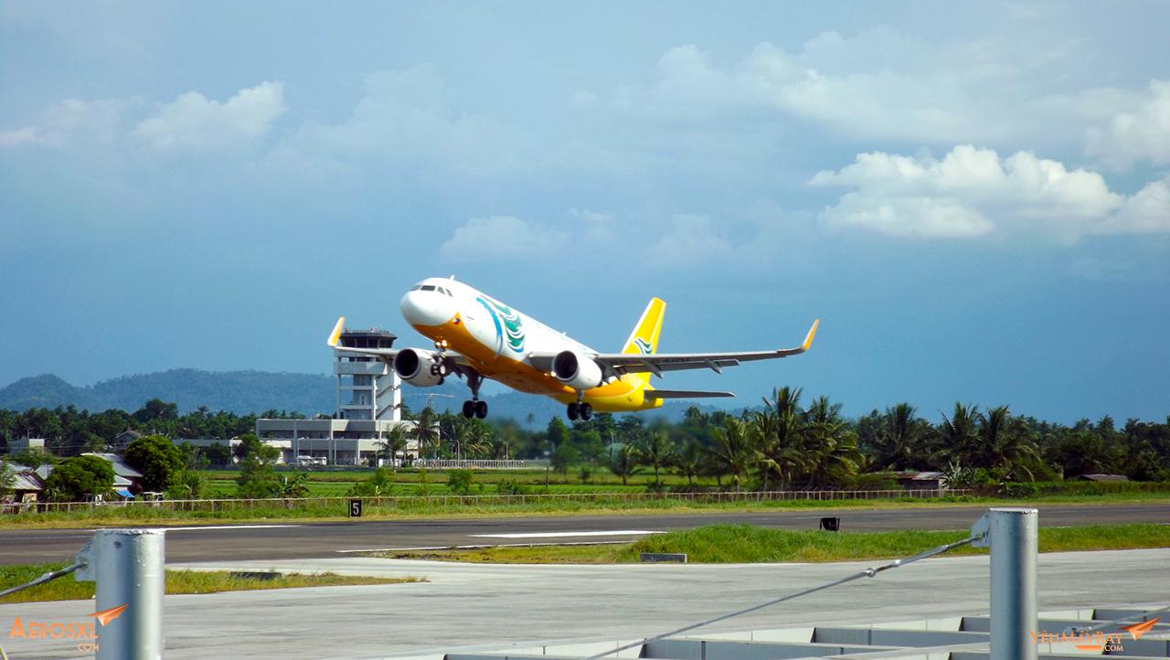 Cebu Pacific cất cánh tại KLO - Ảnh : Tuấn Đỗ