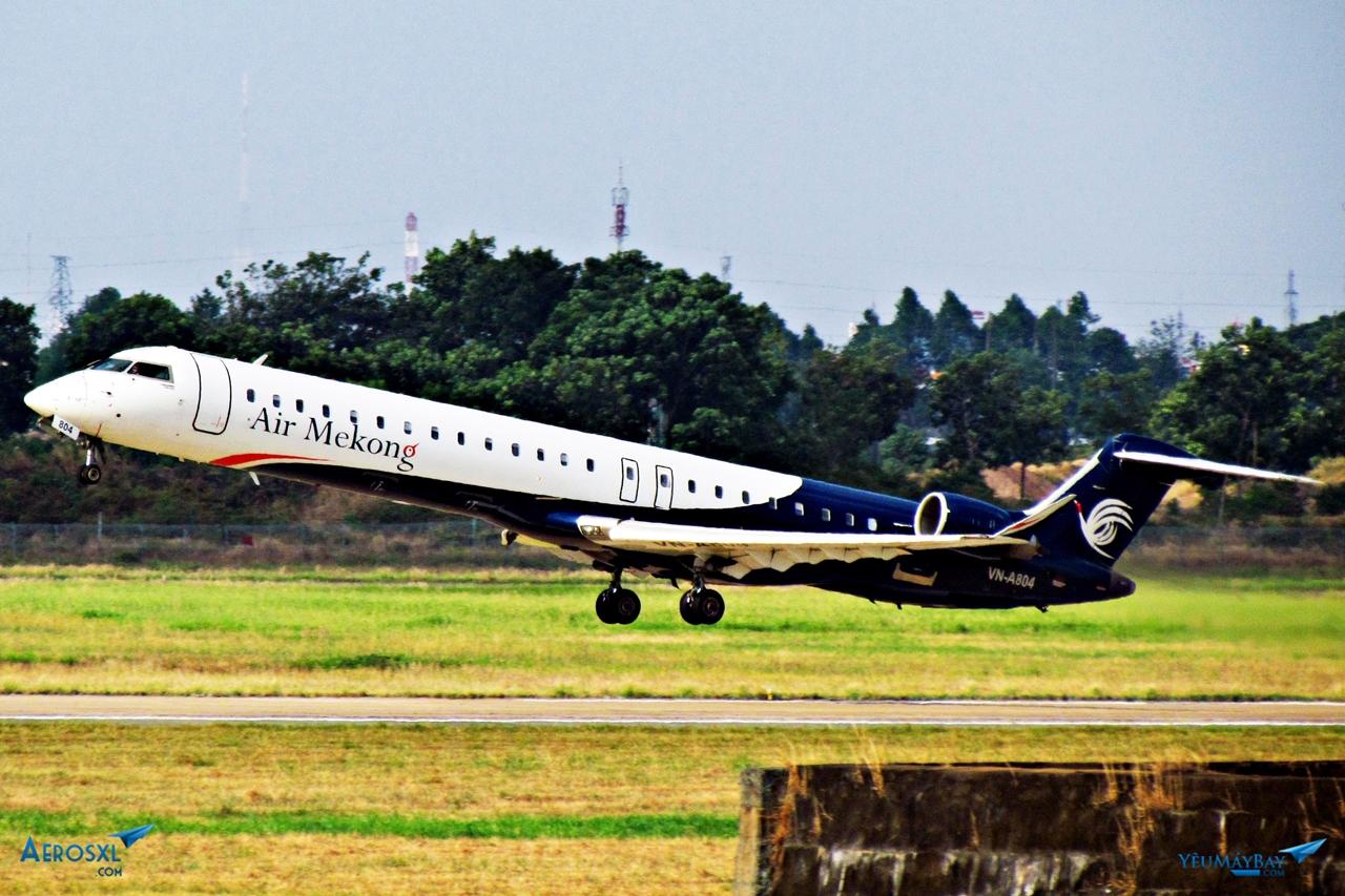 Đúng dịp kỷ niệm Đại lễ 1000 năm Thăng Long, hãng thực hiện chuyến bay thương mại đầu tiên