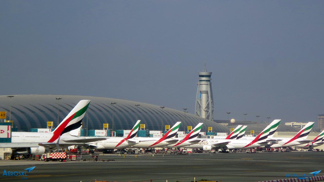 Một góc 'toàn Emirates' của sân bay Dubai - Ảnh: Travip