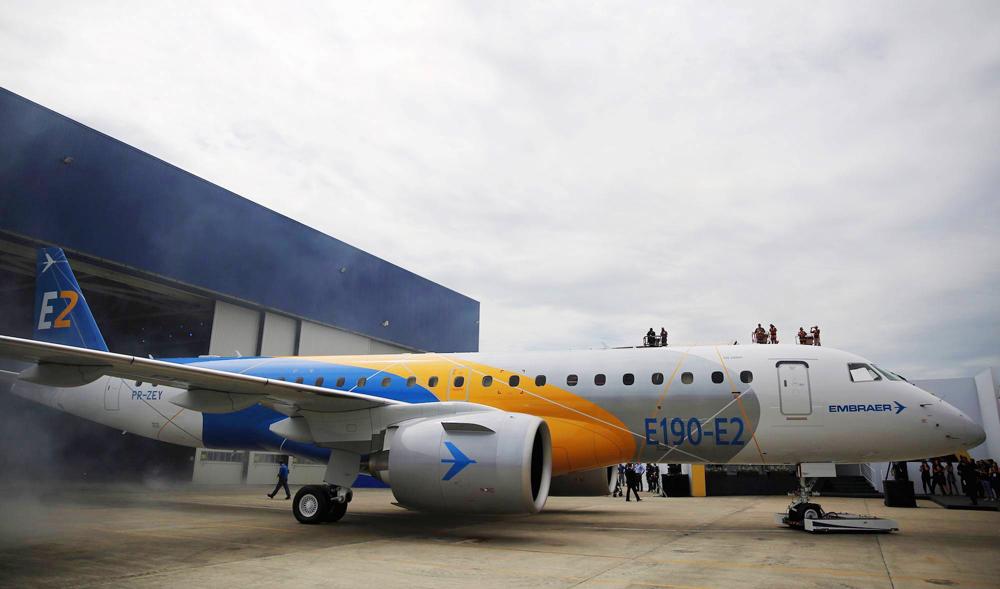 Chiếc E190-E2 ra mắt lần đầu tiên tại Brazil - Ảnh: Embraer